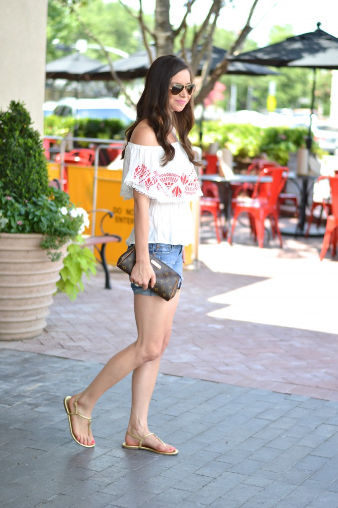 off the should er top, Louis Vuitton clutch, casual summer style, how to wear an off the shoulder top