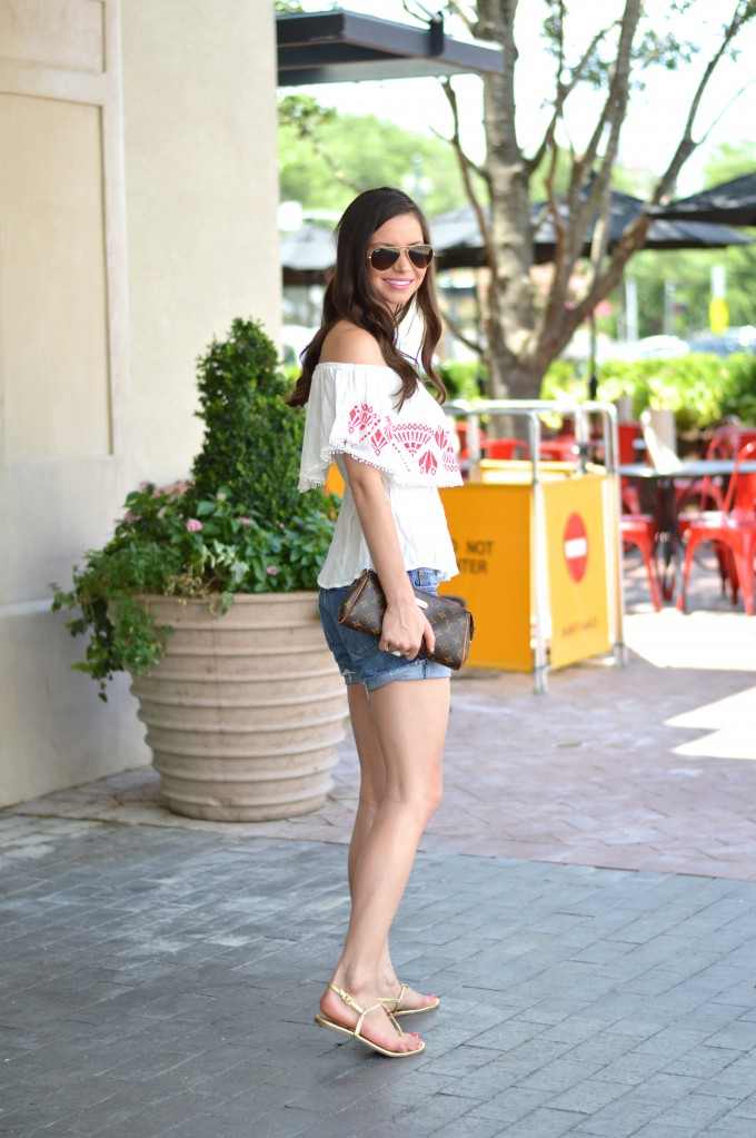 off the shoulder top, casual summer style, Fourht of July style, how to style an off the shoulder top