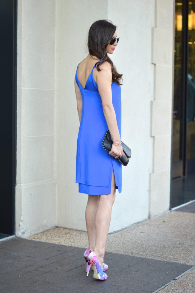 cobalt blue dress, blue slip dress, summer wedding style, v-back dress, Chanel handbag