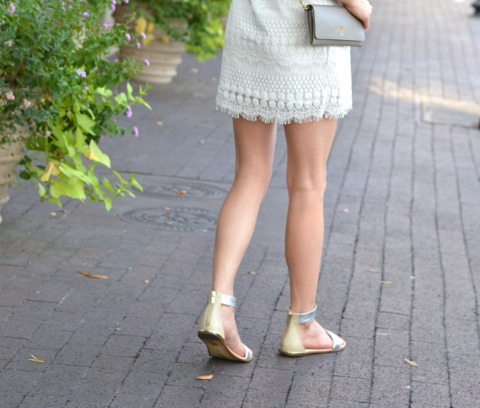 cream shift dress, lace shift dress, shift dresses, transition to fall