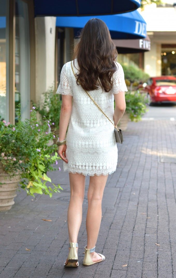 relaxed waves, boho chic style, cream lace dress