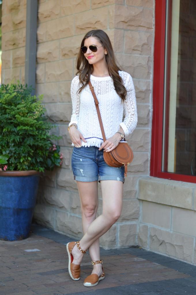 summer street style, transitional fringe sweater, cross body bag, valentino rock studs, cognac accessories
