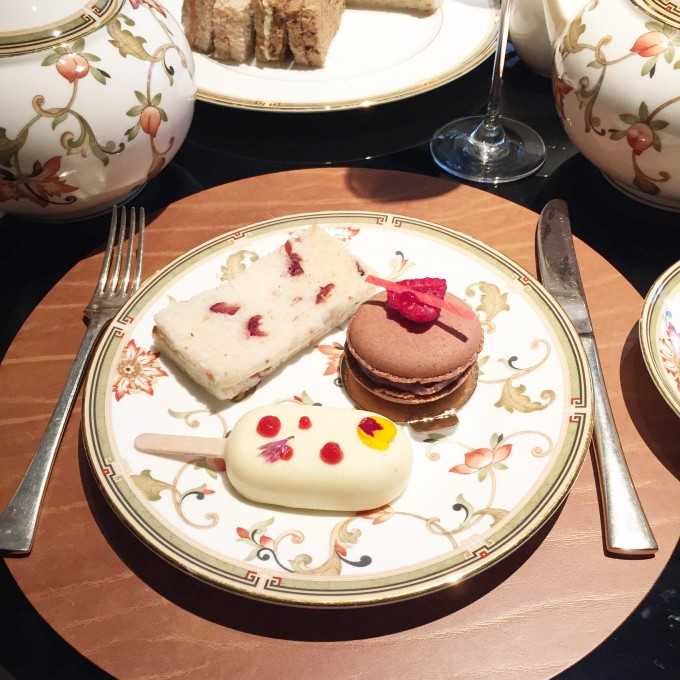afternoon tea in london, afternoon tea, best tea in london, four seasons london park lane tea, bishop and holland