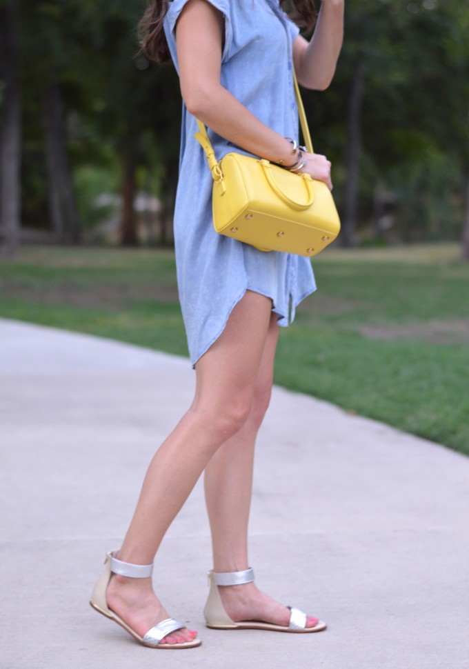 chambray dress, casual fall transitional style, yellow handbag