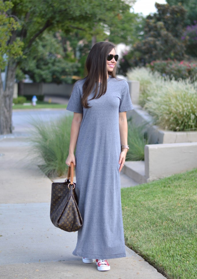 gray t-shirt dress, casual style for fall, fall transitional style,