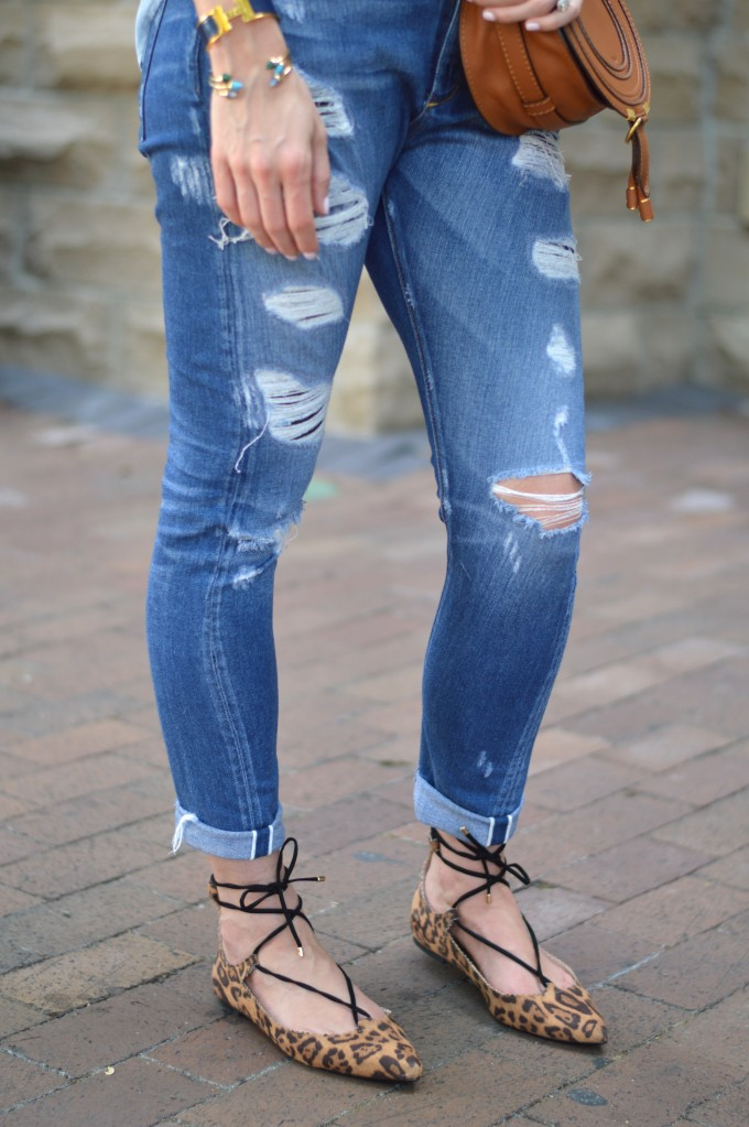 leopard flats under $50, distressed denim, fall transitional style, casual fall look