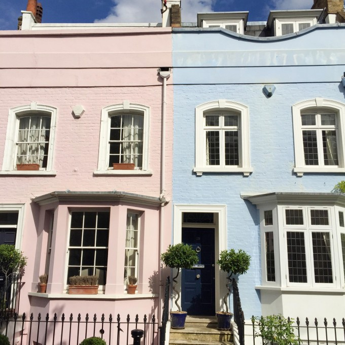 pretty-blue-and-pink-doors-in-London