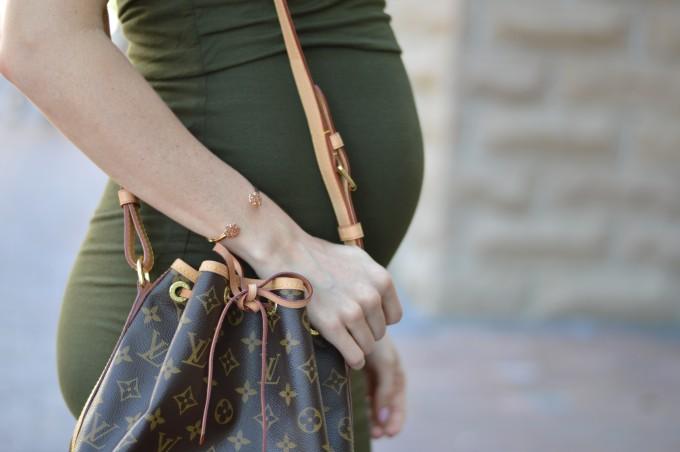 bump date, pregnancy style, maternity style, louis vuitton handbag