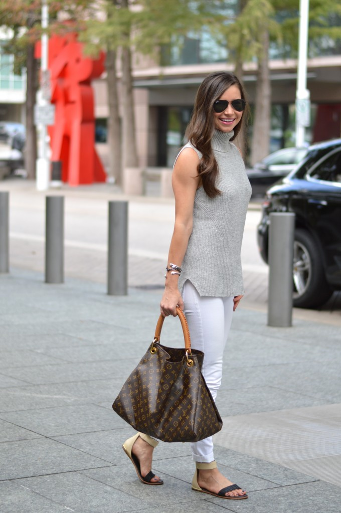 sleeveless sweater, fall transitional style, casual street style, white jeans for fall