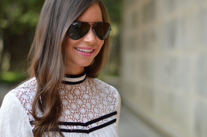 ray ban aviators, high necked dress, vintage look dress