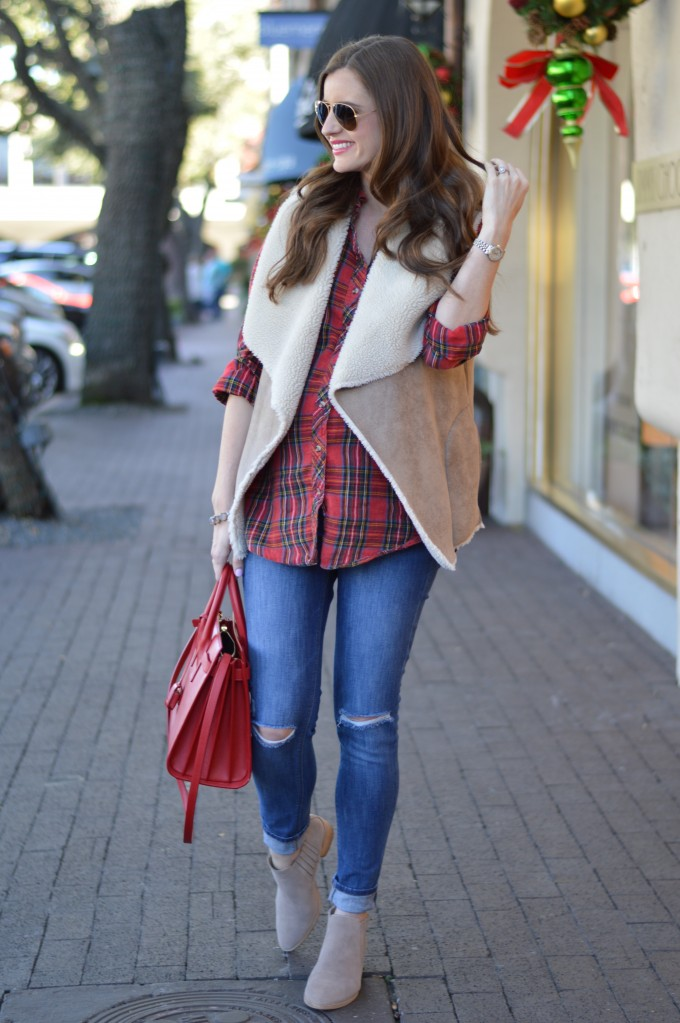 plaid for the holidays, plaid for fall, shearling vest, what to wear for Thanksgiving