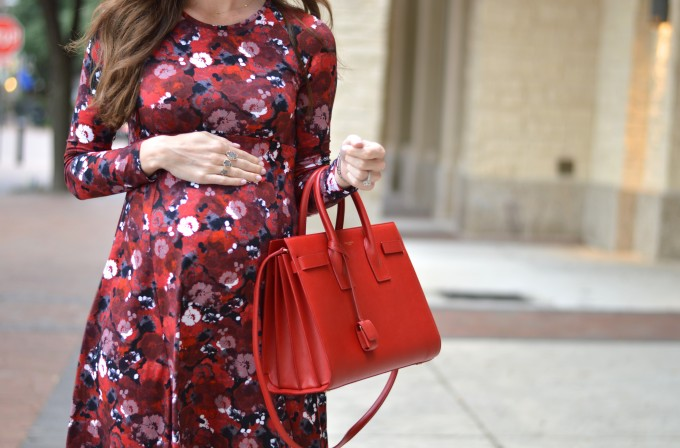 red floral print dress, fall floral dress, maternity style,