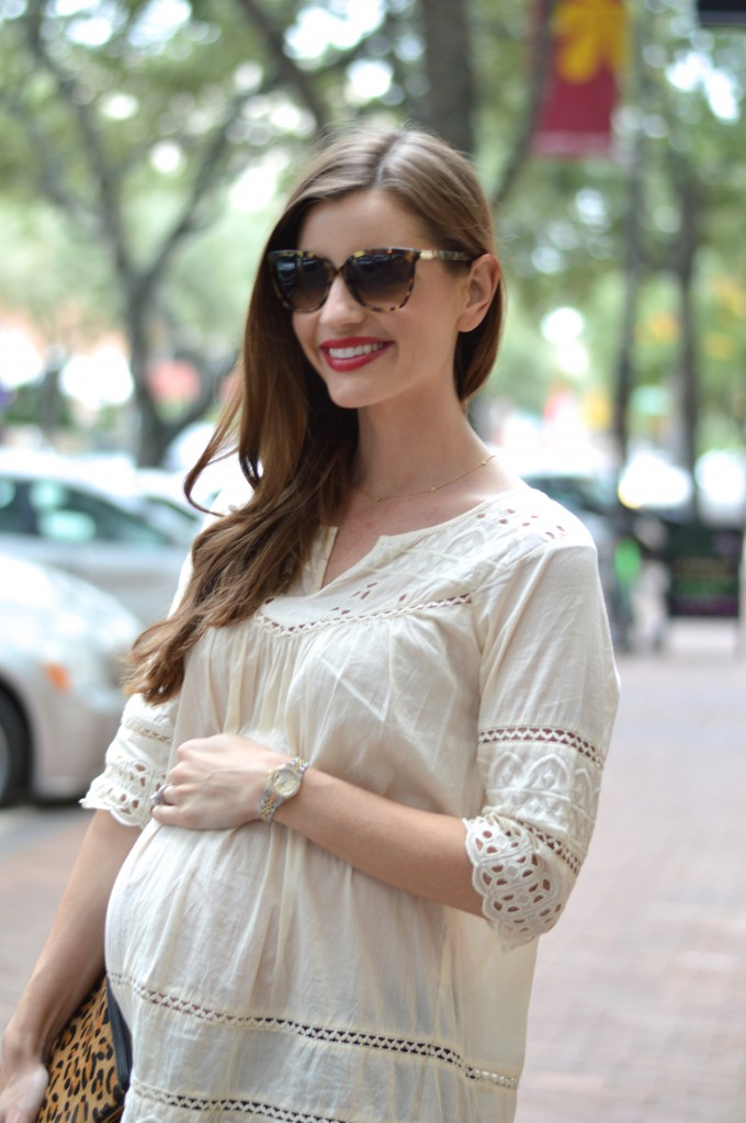 maternity style, lace maternity top,