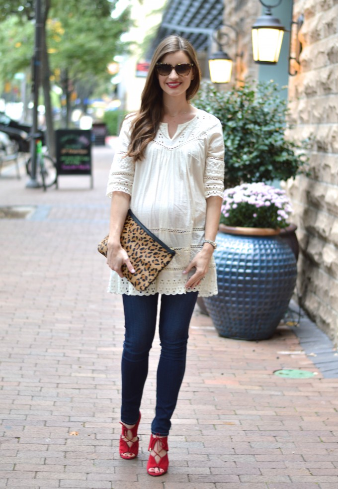 maternity style, leopard clutch