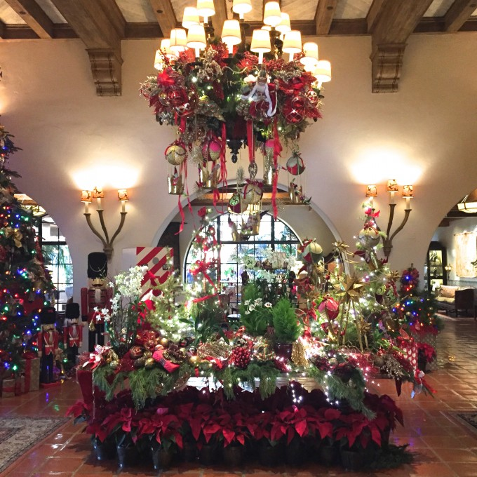 Christmas a the four seasons, Christmas in Santa Barbara, beautiful Christmas decor