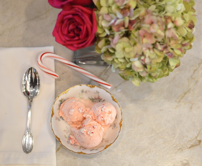 peppermint stick ice cream, what to serve for dessert during the holidays, holiday entertaining, homemade ice cream