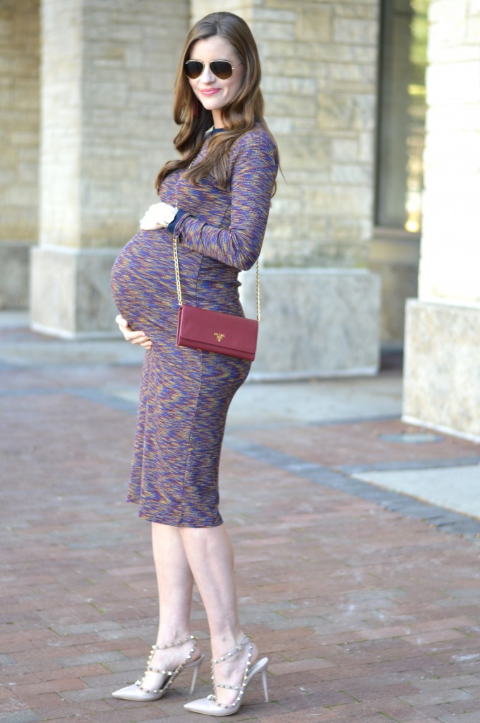 39 week bumpdate, wallet on a chain, wine colored wallet on a chain, cross body wallet on a chain, valentino rock stud heels