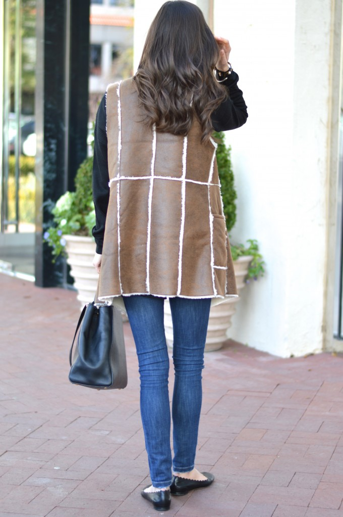 brown shearling vest, how to wear brown and black together