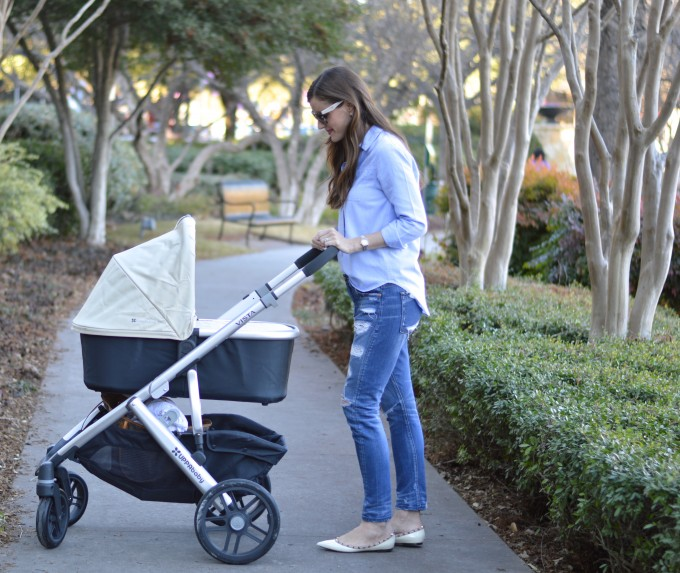 uppababy stroller, bassinet stroller, casual mom style