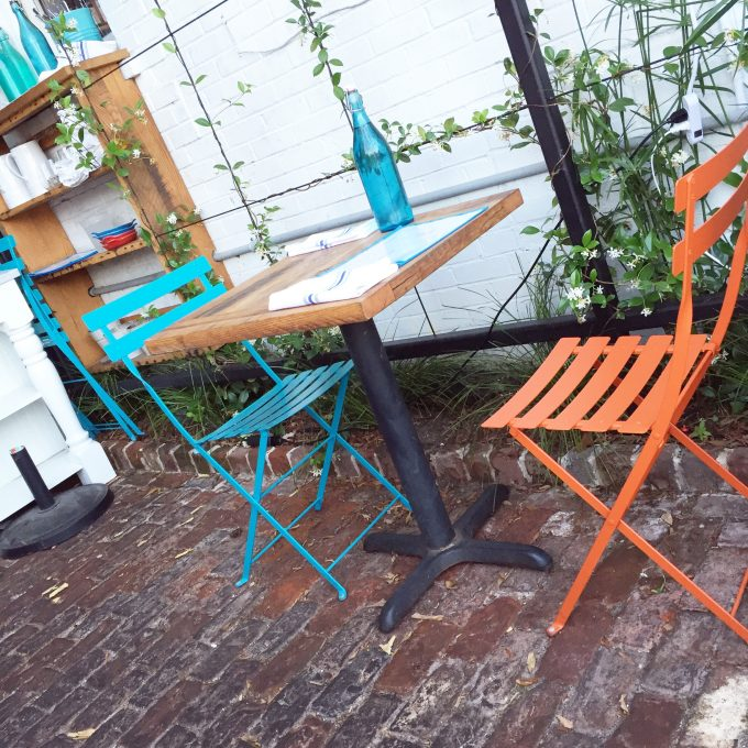 167 Raw Charleston, dining in Charleston, cute outdoor tables and chairs