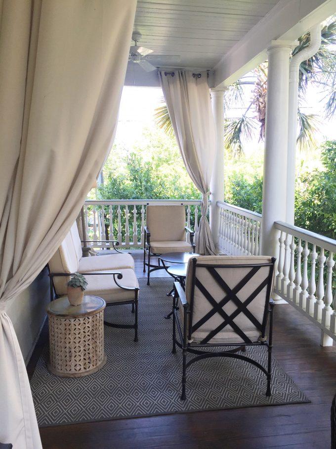 Zero George hotel, hotels in Charleston, Charleston verandah
