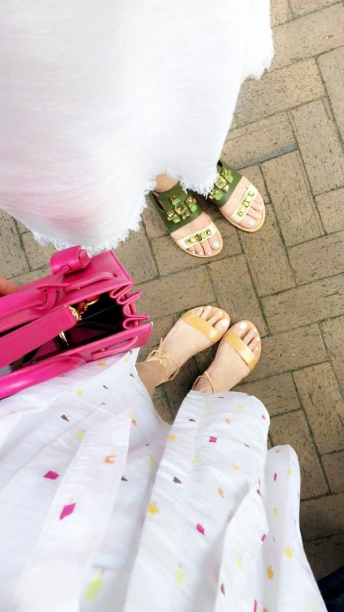 cute summer sandals, dressing for city exploring, army green sandals, lace up sandals