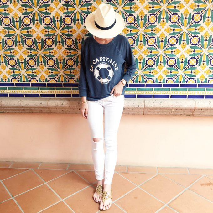 graphic sweatshirt, white fedora, white summer hat, distressed white jeans
