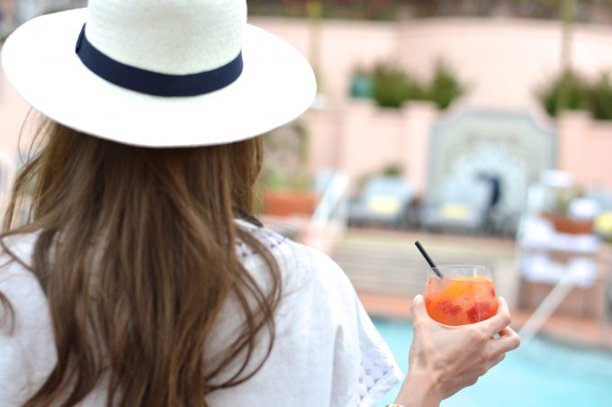 summer cocktails, white fedora