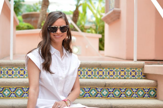 white short sleeve shirtdress, gold watch with hot pink strap, tortoise sunglasses