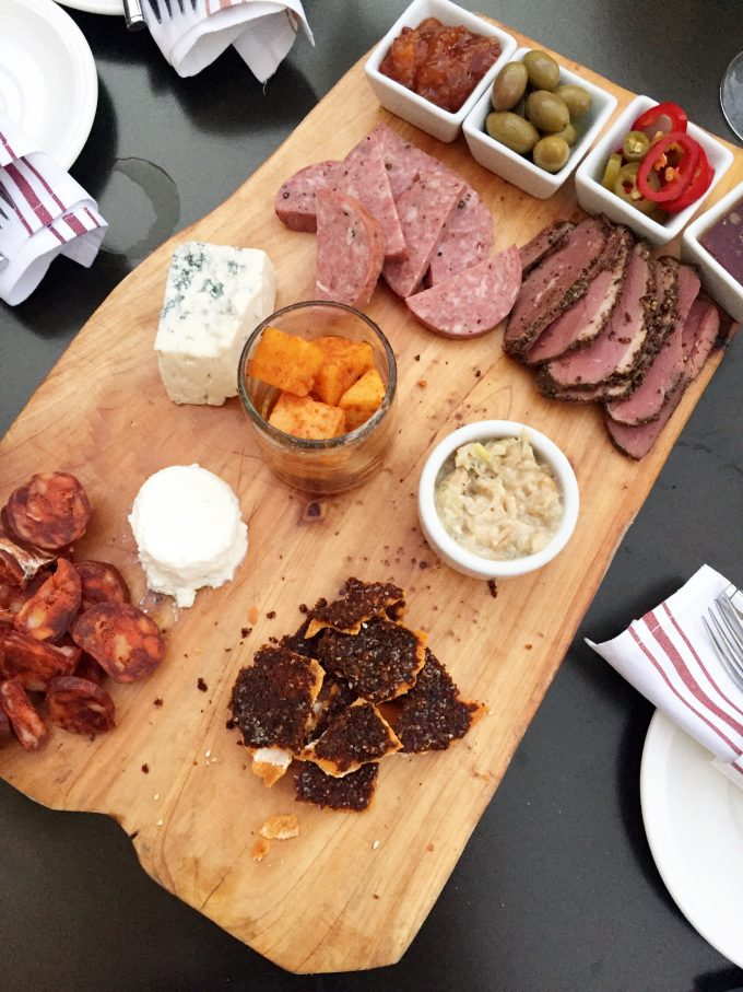 how to put together a cheese and charcuterie board