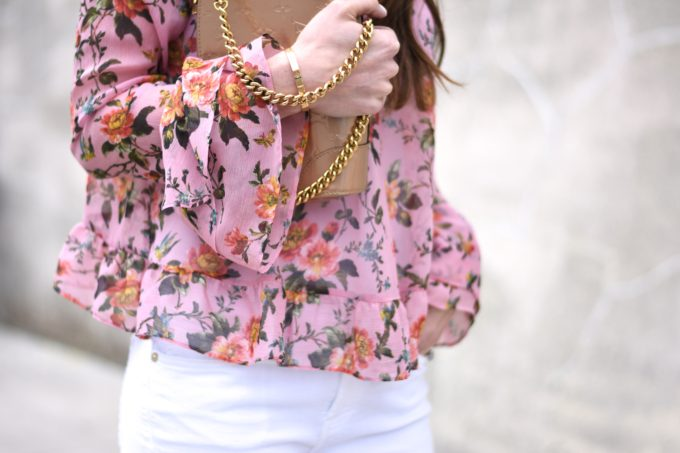 floral top, rufle sleeves and hem