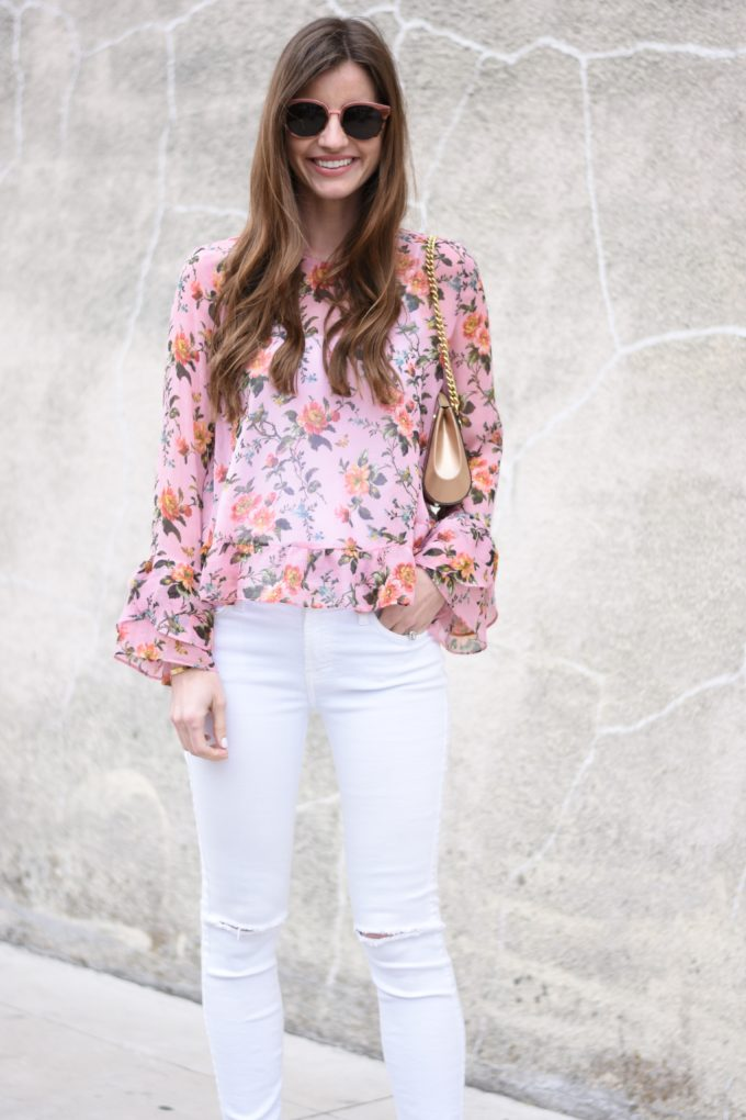 floral ruffle sleeve top, white jeans