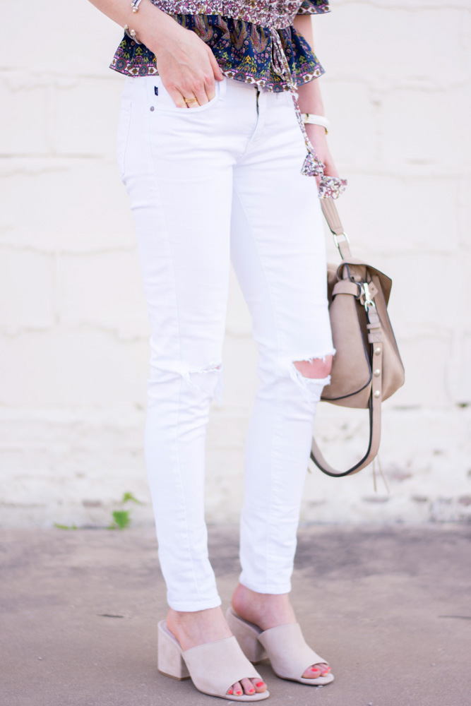 white distressed jeans, tan mules