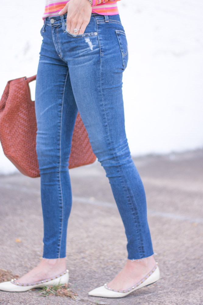 denim jeans oversized brown handbag valentino rockstud flats