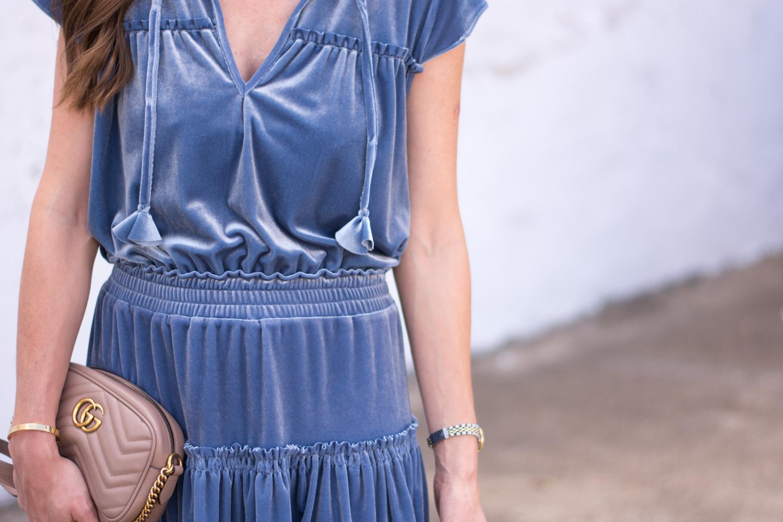 blue velvet dress details