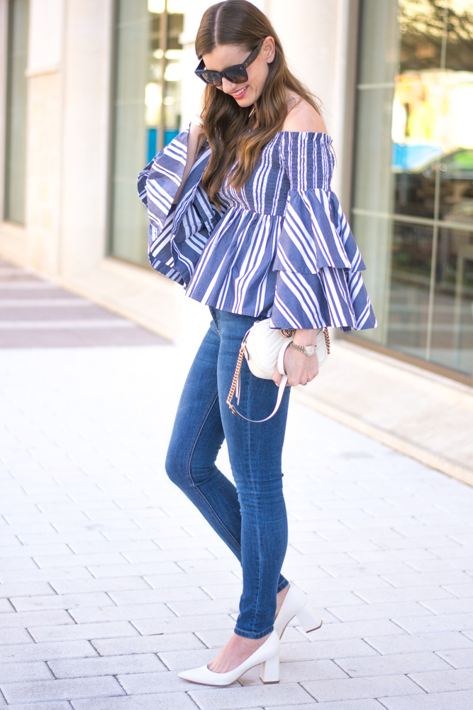 ruffle sleeve top white pumps
