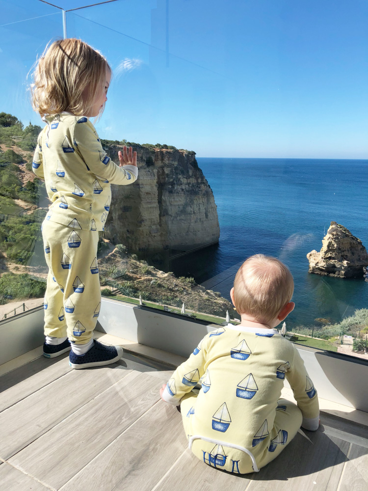 babies with view at breakfast tivoli hotel algarve