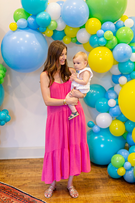 mom and baby and waterfall balloons