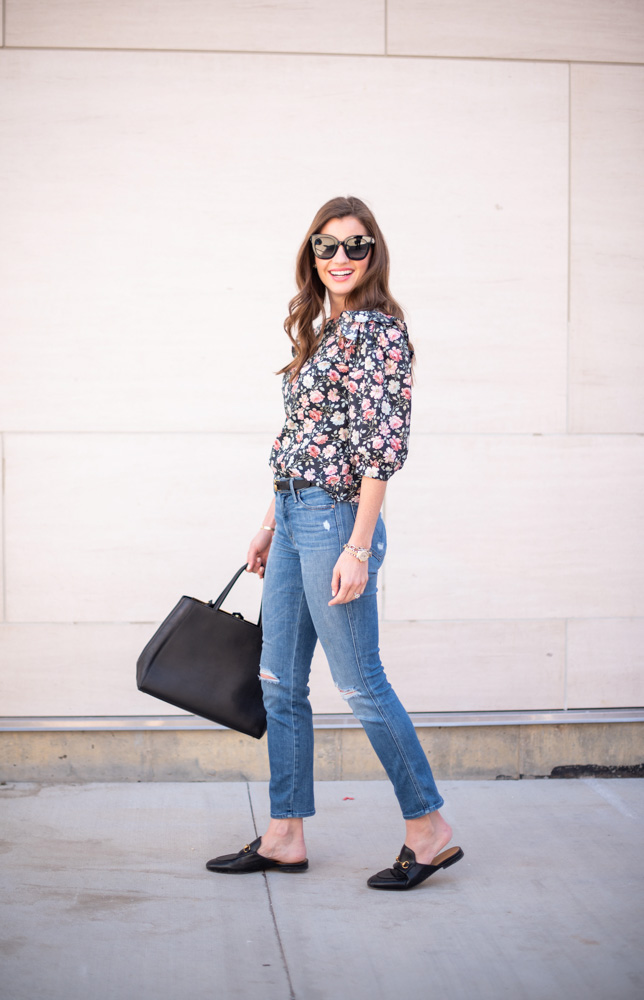 3 tips for wearing floral this fall floral top jeans black bag