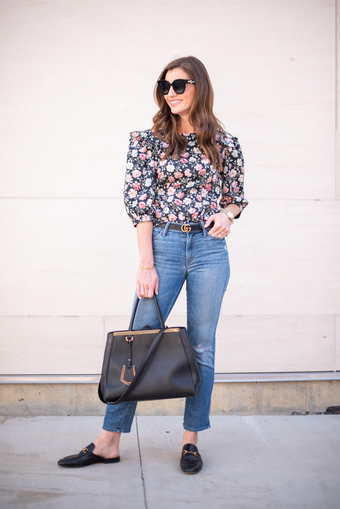 3 tips for wearing floral this fall floral top jeanss black bag