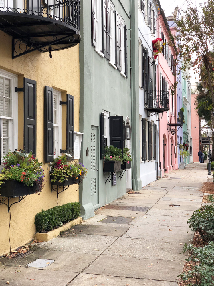 48 hours in charleston rainbow row