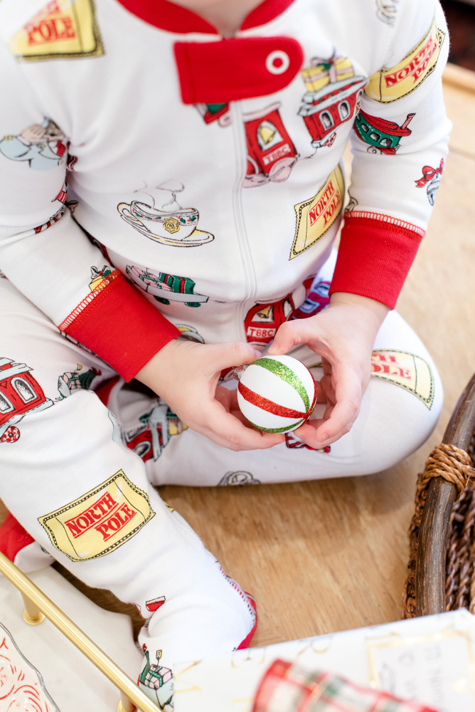 six favorite christmas traditions