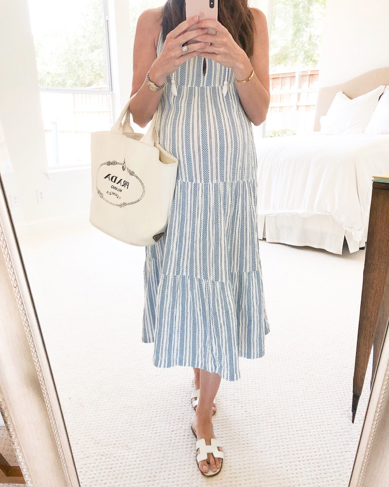 blue striped maxi dress white tote bag