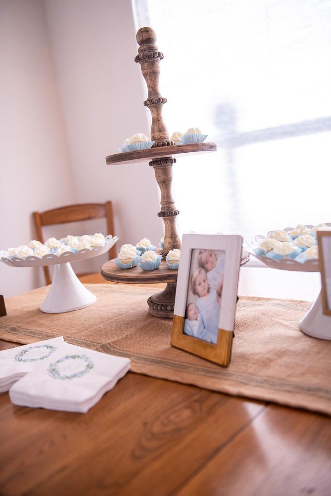 mini cupcake dessert table