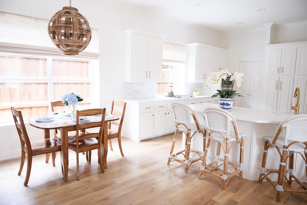 kitchen remodel and breakfast nook