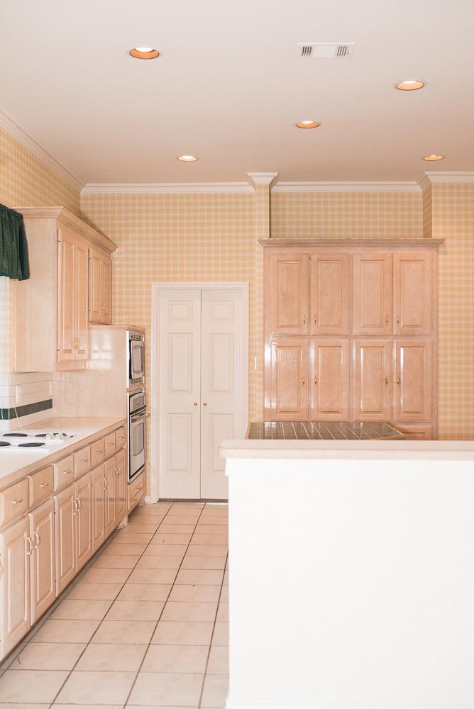 90's kitchen pre-remodel