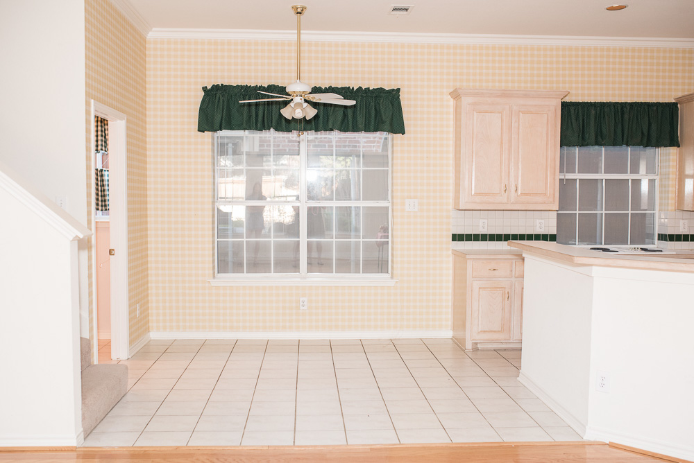 90's kitchen before remodel
