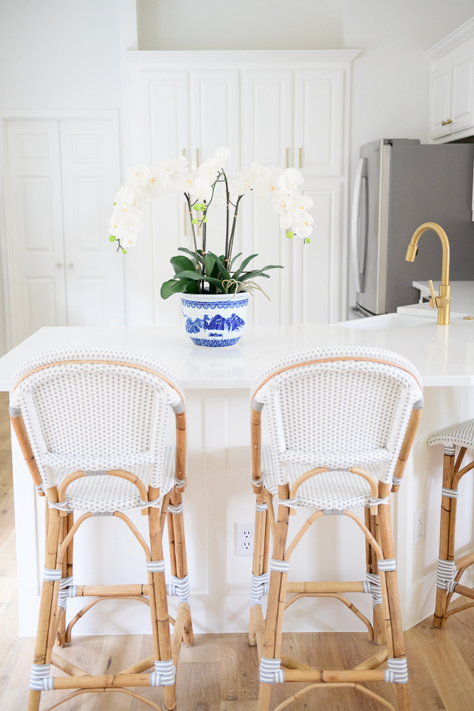 bistro style counter stools